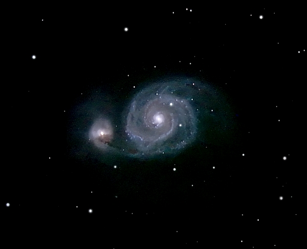 M51; mag 8.9; size 9.8x6.8'; 33 min (66x30sec);LX200 10 @f/2.4; ISO 1600; 3-30-06; Coyle